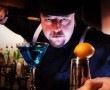 En trollkarl bakom baren