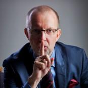 Lars-Peter Loeld hyschar att man ska vara tyst